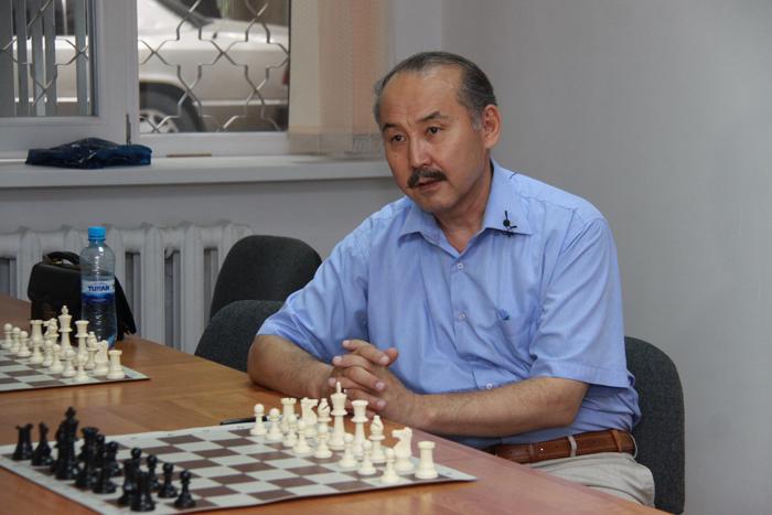 Жұмабек Кенжалин
